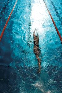 NSF dame under vann