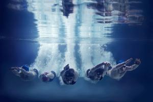NSF gruppe dykker under vann