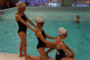Stjernekonkurranse i synkronsvømming!