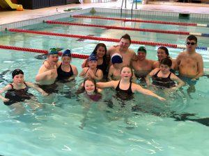 Flott samling for svømmere med utviklingshemming